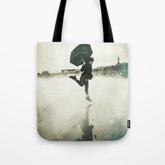 La danse de la pluie Tote Bag