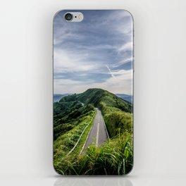 road to heaven iPhone Skin