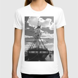 Baltimore Harbor - USS Constellation T-shirt
