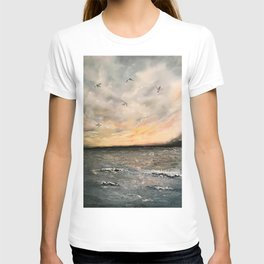 Birds on the ocean T-shirt