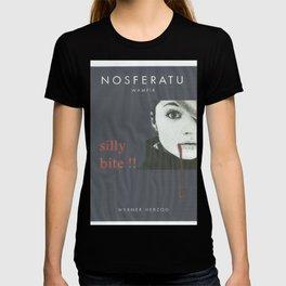 el vampir era ella T-shirt
