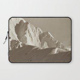 Alaskan Mts. - Mono I Laptop Sleeve
