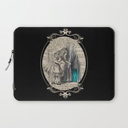 Follow The White Rabbit - Vintage Book Laptop Sleeve