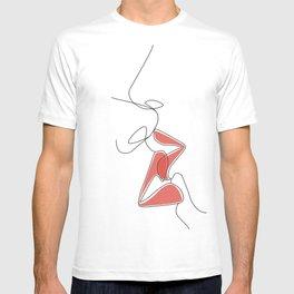 One-Line Kiss T-shirt