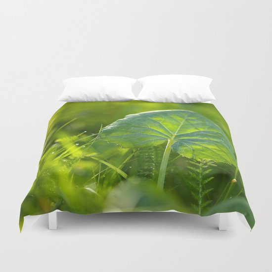 A Pure Green Leaf  Duvet Cover