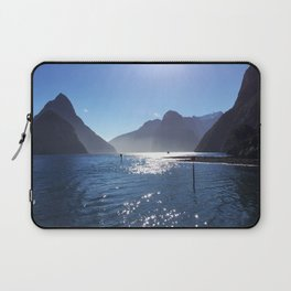 New Zealand's beauty *Milford Sound Laptop Sleeve
