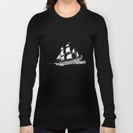 sailing ship . Home decor Graphicdesign Long Sleeve T-shirt