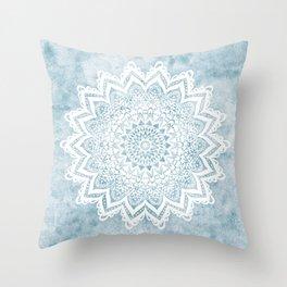 LIGHT BLUE MANDALA SAVANAH Throw Pillow