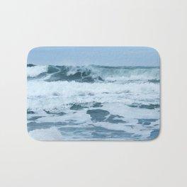 Crashing Waves in Spring Bath Mat