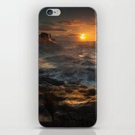 Sunrise at Porthcawl lighthouse, South Wales, UK. iPhone Skin