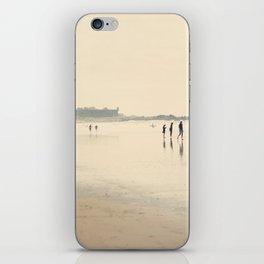 beach life II iPhone Skin