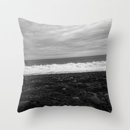 Beach in black and white Throw Pillow