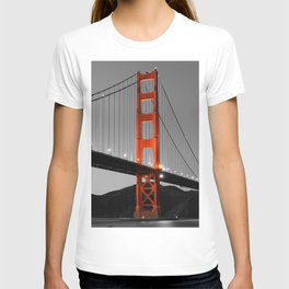 Golden Gate Bridge in Selective Black and White T-shirt