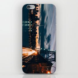One second in life of Williamsburg Bridge iPhone Skin