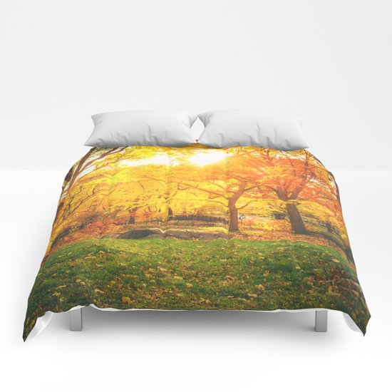 New York City - Autumn Sunset Comforters