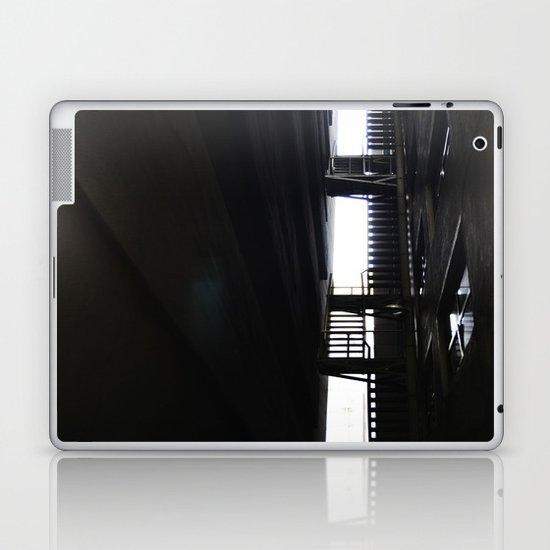 Black//White Laptop & iPad Skin