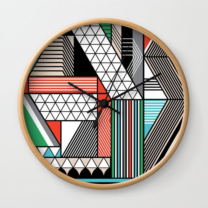 yas Wall Clock