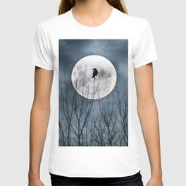 Night Raven Lit By The Full Moon T-shirt