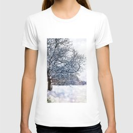 bokeh snow T-shirt