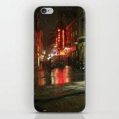 Snowing in London iPhone & iPod Skin