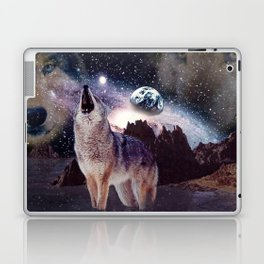 Wolf in the moon howling at the earth Laptop & iPad Skin