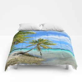 Tropical palm beach in the Pacific Comforters