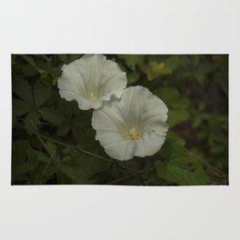 White wild flowers Rug
