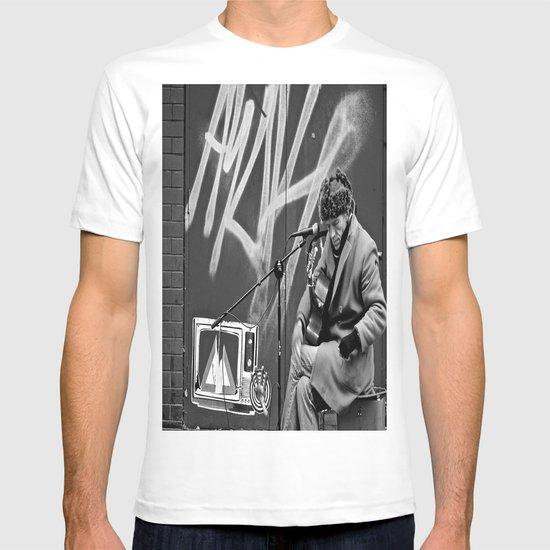 Busking in Belfast 2 T-shirt
