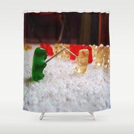 πόλεμος  Shower Curtain
