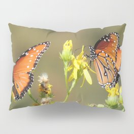 A Pair of Queens on Rubber Rabbitbrush Pillow Sham