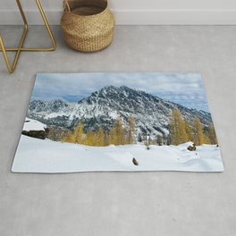 Scenic Landscape, Mt Stuart, Larches, Alpine Lakes Wilderness Rug