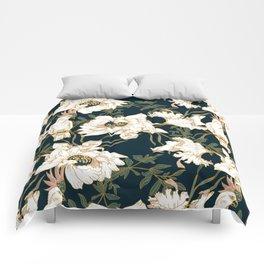 Exotic birds in the dark of flowers Comforters