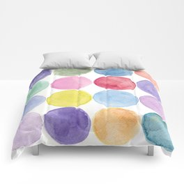 dotted and well organized Comforters