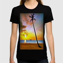 Lonely Beach. T-shirt