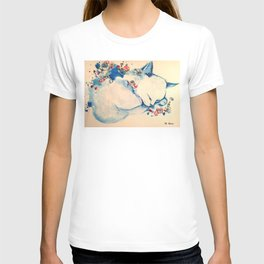 Cat sleeping with flowers T-shirt