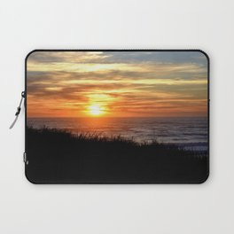SUNSET OVER THE PACIFIC OCEAN - OREGON COAST Laptop Sleeve