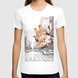 Selfie Giraffe in New York T-shirt