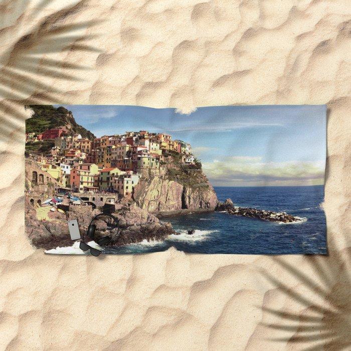manarola, cinque terre. Beach Towel