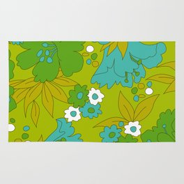 Green, Turquoise, and White Retro Flower Design Pattern Rug