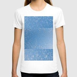 Melting snow spots blue sky T-shirt