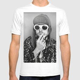 Kurt Cobai-n print, Kurt Cobai-n Poster, Kurt Cobai-n smoking poster, rock music legends poster, Nirvana art poster, iconic grunge portraits T-shirt