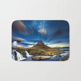 Aliens are coming Bath Mat