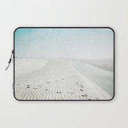 sandy beaches Laptop Sleeve