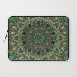 Green Queen Laptop Sleeve