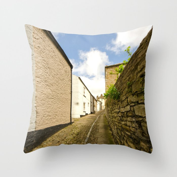 Post House Wynd Throw Pillow