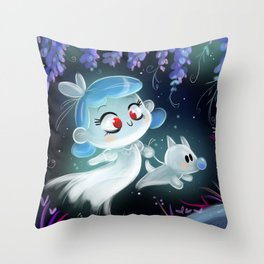 Ghostly friends Throw Pillow
