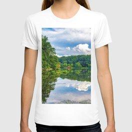 Lake Elkhorn beautiful lake forest beautiful landscape Columbia Maryland USA T-shirt