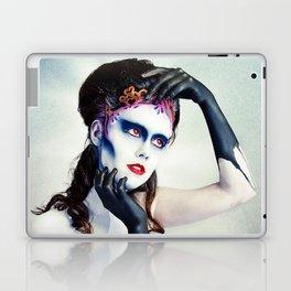 Queen of hearts full Laptop & iPad Skin