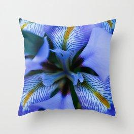 floral delites Throw Pillow
