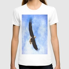 Bald Eagle Soaring In The Sky T-shirt